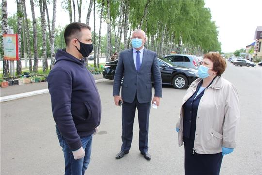 Альбина Егорова ознакомилась с противоэпидемическими мероприятиями, проводимыми в Чебоксарском районе