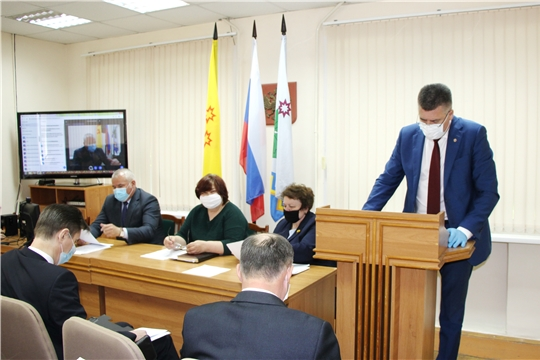 Альбина Егорова приняла участие в работе Оперативного штаба по предупреждению распространения коронавирусной инфекции на территории Чебоксарского района