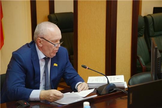 В преддверии сессии депутаты обсудили законопроекты социальной направленности