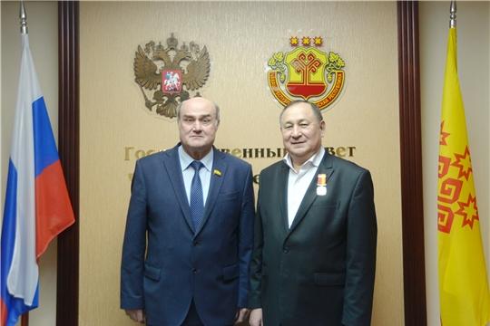 Памятная награда вручена Станиславу Николаеву