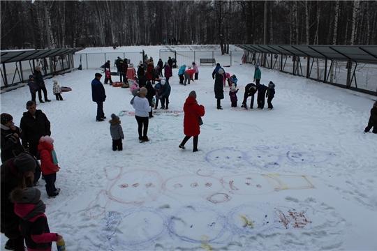 Конкурс рисунков на снегу «В гостях у сказки»