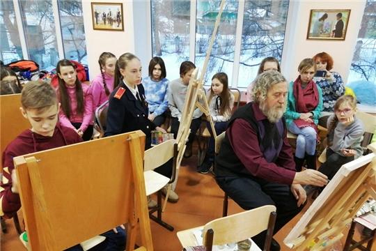 В городской картинной галерее прошла творческая встреча юных шумерлинцев с художником В.И. Сапожниковым