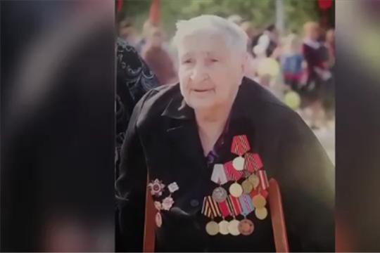 Нет в России семьи такой, где б не памятен свой герой...
