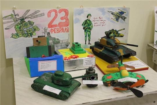 В Шумерле подведены итоги городского конкурса рисунков и макетов боевой техники «Парад техники»