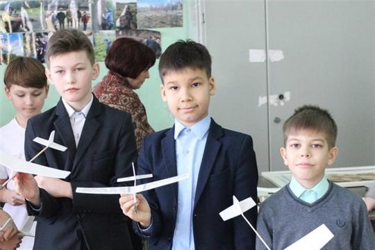 Городской конкурс по авиамоделям для закрытых помещений