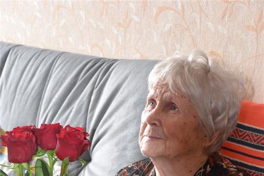 Официальные лица поздравили ветерана Великой Отечественной войны Клару Андреевну Кирель с 97-ым Днем рождения