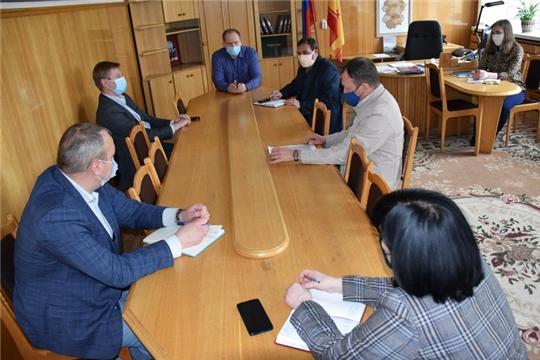 На заседании рабочей группы обсудили возможное введение дополнительных ограничений по недопущению распространения коронавируса на территории города Шумерля