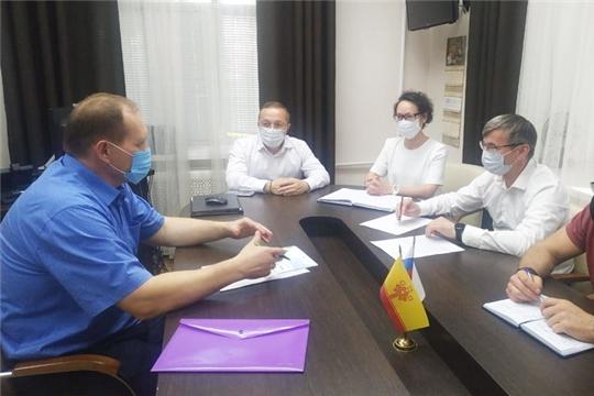 Глава администрации города Шумерля Валерий Шигашев провел ряд рабочих встреч с руководителями республиканских министерств и ведомств