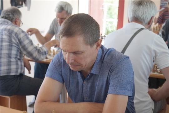 Шумерлинец стал победителем первого онлайн-турнира по блиц-шахматам июньской серии турниров