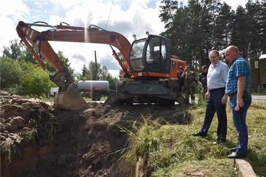 Глава администрации города Шумерля Валерий Шигашев поблагодарил специалистов водоканала за профессионализм и оперативность