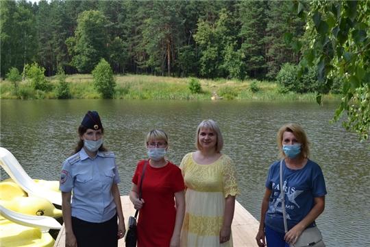 В рамках Всероссийской акции «Безопасность детства» в Шумерле прошел рейд по водным объектам и пустующим зданиям