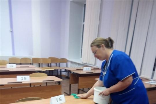 ЕГЭ по биологии и иностранному языку завершают работу ППЭ в городе Шумерля