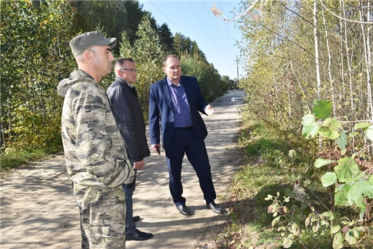 Глава администрации Валерий Шигашев проверил исполнение поручения по планировке участка на городском кладбище