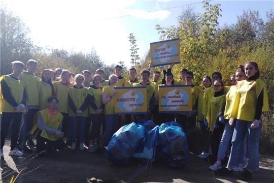 Субботник волонтеров-гимназистов в рамках Всероссийской акции РДШ «Экодежурный по стране»