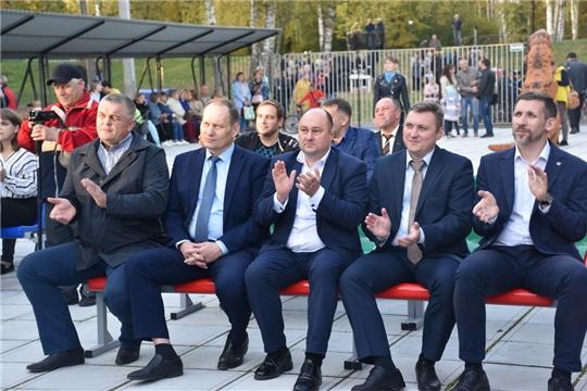 Руководство Шумерли поздравили машиностроителей города с профессиональным праздником