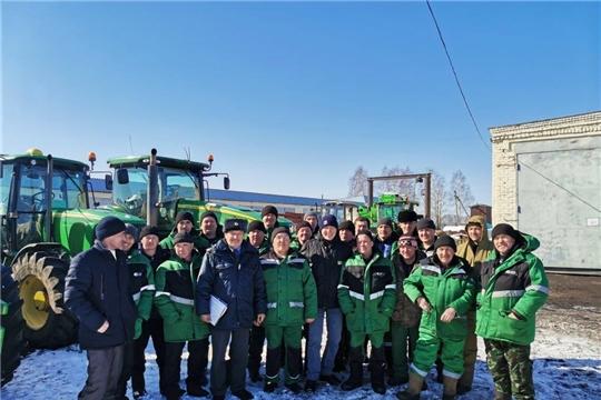 Первый ежегодный технический осмотр техники в Комсомольском районе