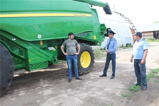 Аграрии Цивильского района, готовясь к уборочной страде, обновляют технику