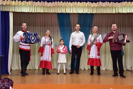 В деревне Тойси-Паразуси прошел вечер памяти Николая Ильина, посвященный 62-летию со дня рождения