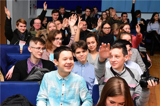 Состоялась встреча выпускников школ Ибресинского района с представителями и студентами 6 ведущих вузов республики