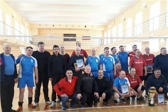 Команда ветеранов-волейболистов Ибресинского района заняла третье место на турнире в Сеченово Нижегородской области