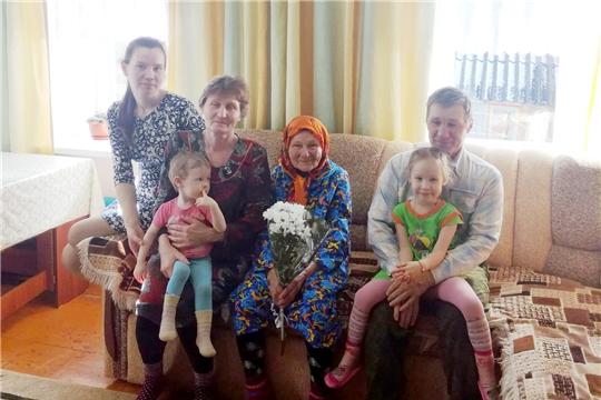 90-летний юбилей отметила жительница деревни Большие Абакасы Евдокия Ивановна Егорова