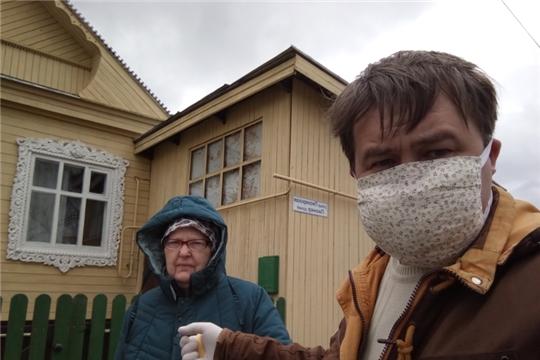 Волонтеры помогают пожилым буинцам на самоизоляции
