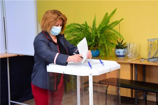 13196 избирателей Ибресинского района проголосовали к 10.00 часам
