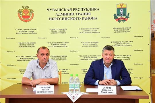 Ибресинский район с рабочим визитом посетил министр транспорта и дорожного хозяйства Чувашской Республики Владимир Осипов