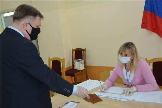 Михаил Анисимов проголосовал за внесение поправок в Конституцию России