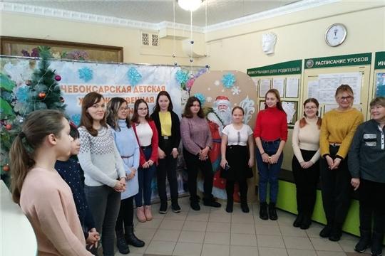 В чебоксарской художественной школе состоялосьоткрытие выставки именного стипендиата Главы Чувашской Республики