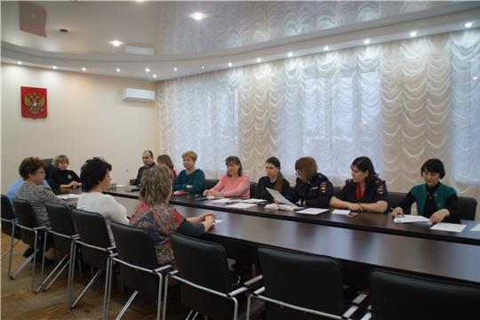 В Калининском районе прошло координационное совещание комиссии по делам несовершеннолетних и защите их прав