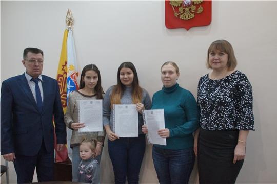 Калининский район: обеспечение детей-сирот жилыми помещениями – в приоритете