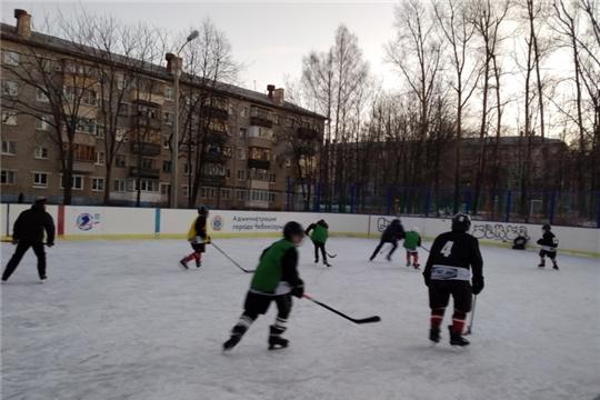 Товарищеские игры по хоккею