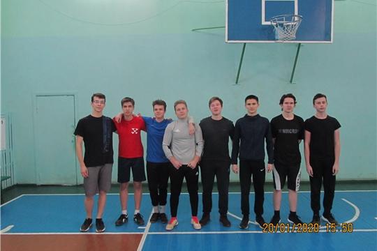 «Спорт вместо наркотиков»: стартовало первенство по волейболу среди школьных команд