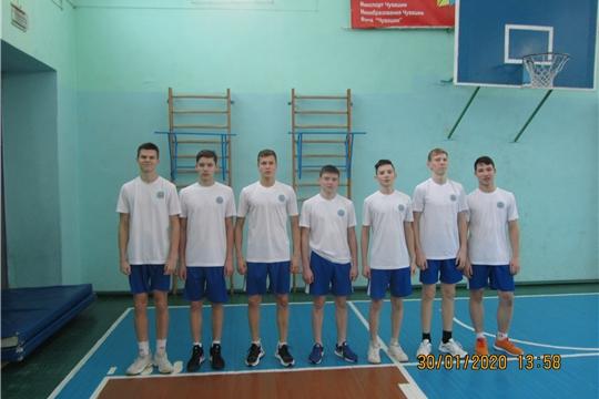 Месячник оборонно-массовой и спортивной работы: завершилось первенство Калининского района по волейболу