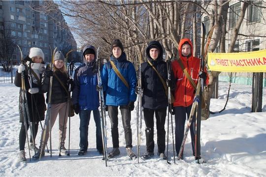 Калининский район: в рамках месячника оборонно-массовой и спортивной работы прошла военизированная лыжная эстафета