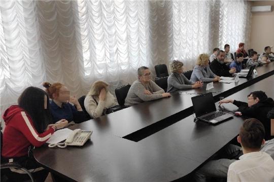 В администрации Калининского района г.Чебоксары проведен круглый стол на тему «Свобода и зависимость» с подростками, состоящими на учете в комиссии по делам несовершеннолетних и защите их прав