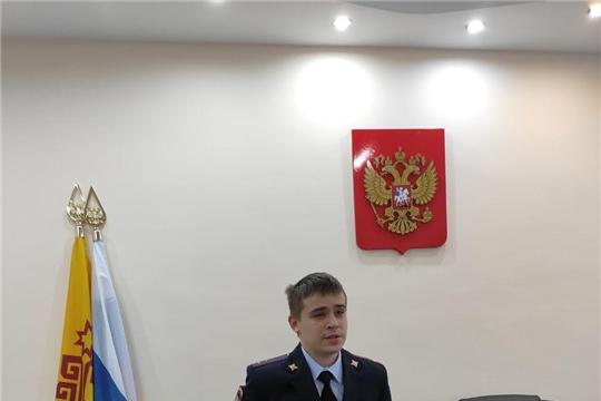 Представителем ОЭБ и ПК УМВД России проведена беседа с сотрудниками администрации на тему: «Осторожно-мошенники»