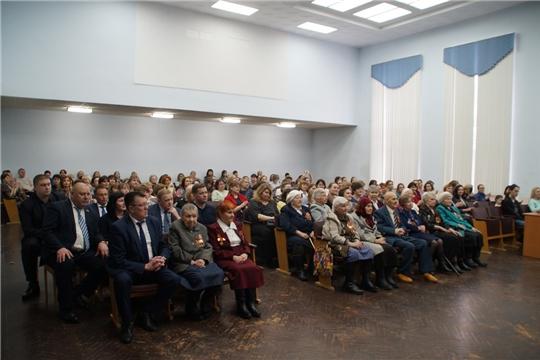 В администрации Калининского района состоялся праздничный вечер, посвященный душевному весеннему празднику - Международному женскому дню