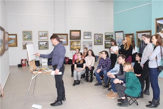 Ученики Чебоксарской детской художественной школы №6 имени Акцыновых познакомились с творчеством чувашского художника-пейзажиста Викентия Лукиянова