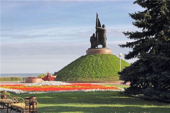 В Калининском районе продолжается приведение в порядок памятников посвященным воинам, погибшим  в Великой Отечественной войне