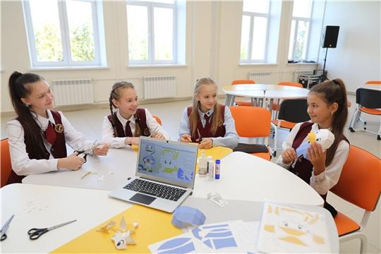 Олег Николаев поручил подготовить решение о досрочном прекращении учебного года в Чувашии