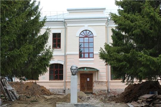 Министр Роза Лизакова проинспектировала ход реставрации объектов культурного наследия в Канашском и Козловском районах