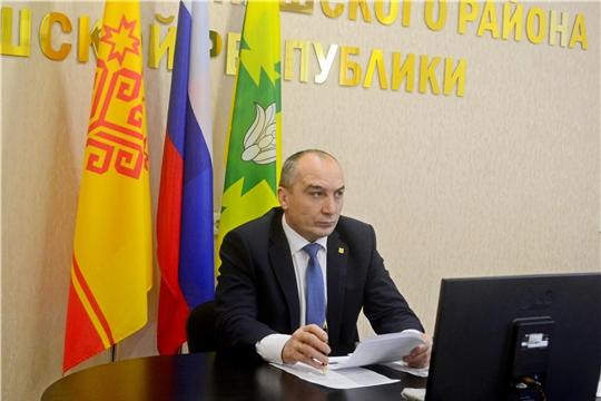 Глава администрации Канашского района Владимир Степанов провел рабочее совещание
