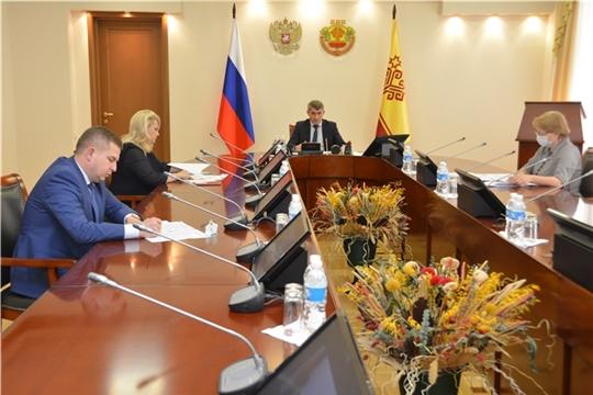 По поручению Олега Николаева проведут массовую дезинфекцию и проанализируют медицинскую статистику