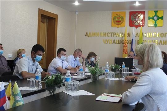 Еженедельное совещание с руководителями структурных подразделений администрации
