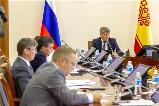 Олег Николаев поручил доработать дорожную карту по созданию индустриальных, агро- и экотехнопарков в Чувашии