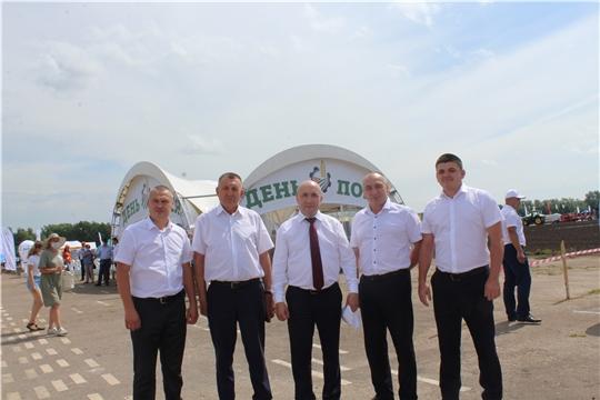 Делегация Канашского  района посетила республиканскую выставку-демонстрацию «День поля-2020»