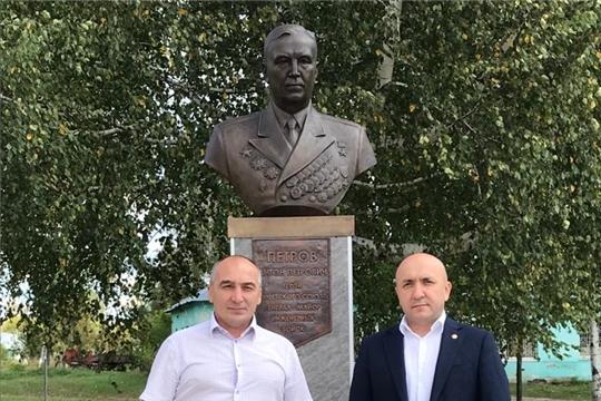 12 сентября Канашский  район с рабочим визитом посетил министр сельского  хозяйства  Чувашской Республики Сергей Артамонов
