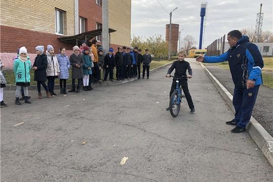 Внеклассное мероприятие «Безопасное колесо» в  МАОУ «Шихазанская СОШ им. М. Сеспеля»